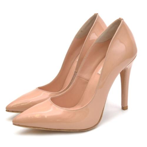 Туфли бежевые лак